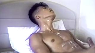 最好的同性恋中国大公鸡暨拍摄视频 The best gay Chinese big cock cum shot video